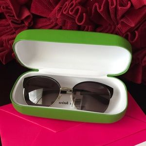 Kate spade sunglasses new with case